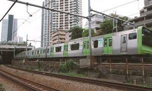 Next<span>山手貨物線を撮ろうとすると必ず裏かぶりしてくる山手線 -Yamanote line and family back and forth-</span><i>→</i>